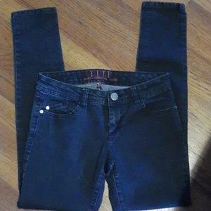 Elle Jeans - Elles Jeans
